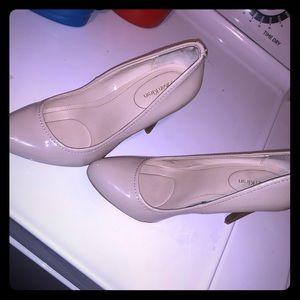 Calvin Klein tan heels